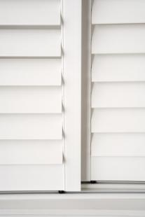 13_PVC_Australian_Made_Plantation_Shutters_Sliding_Bottom-Guide_Hidden-Control_White